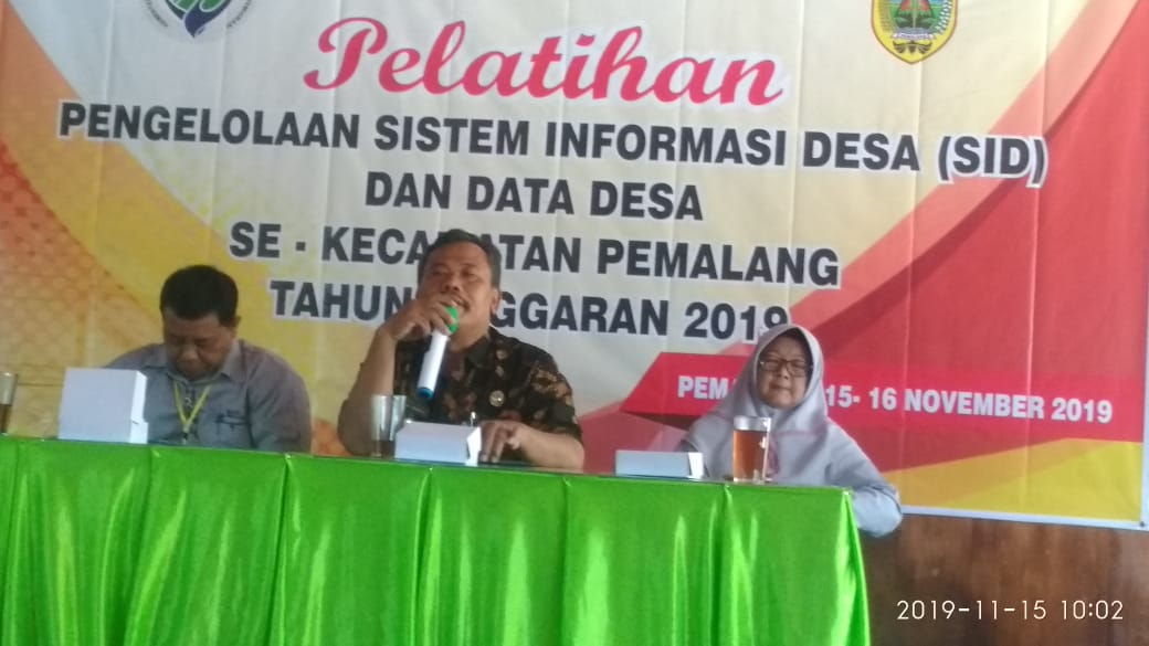 Pelatihan pengelolaan sistem informasi Desa (SID )